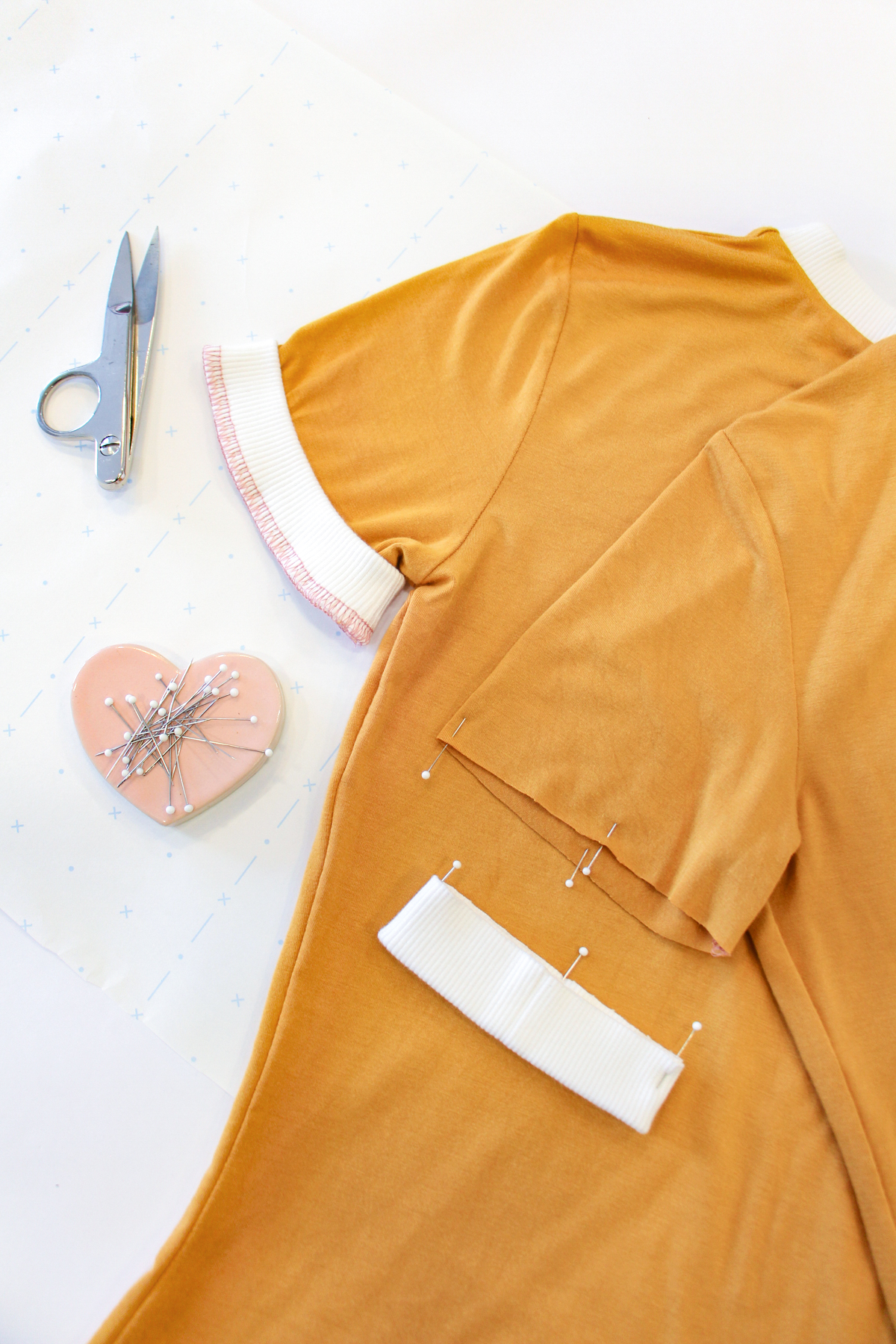 How To Make A Rowan Ringer Tee - Method 1 - Sleeve Bands