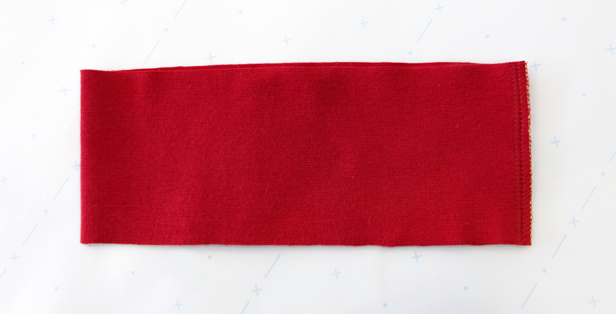 How To Make A Rowan Ringer Tee - Stitching The Short Edge Of The Bind