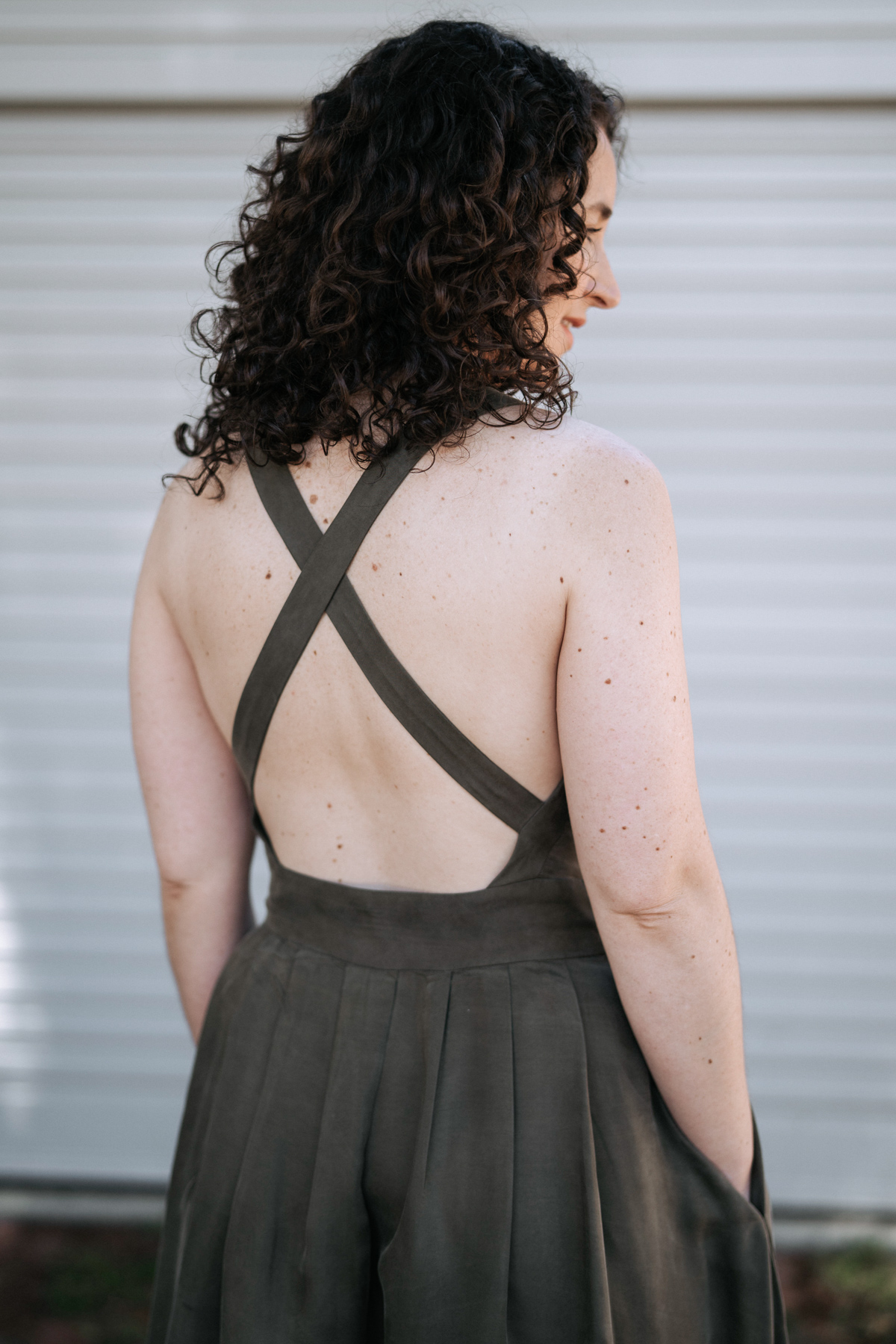 Crossover back straps on Megan Nielsen Nora dress