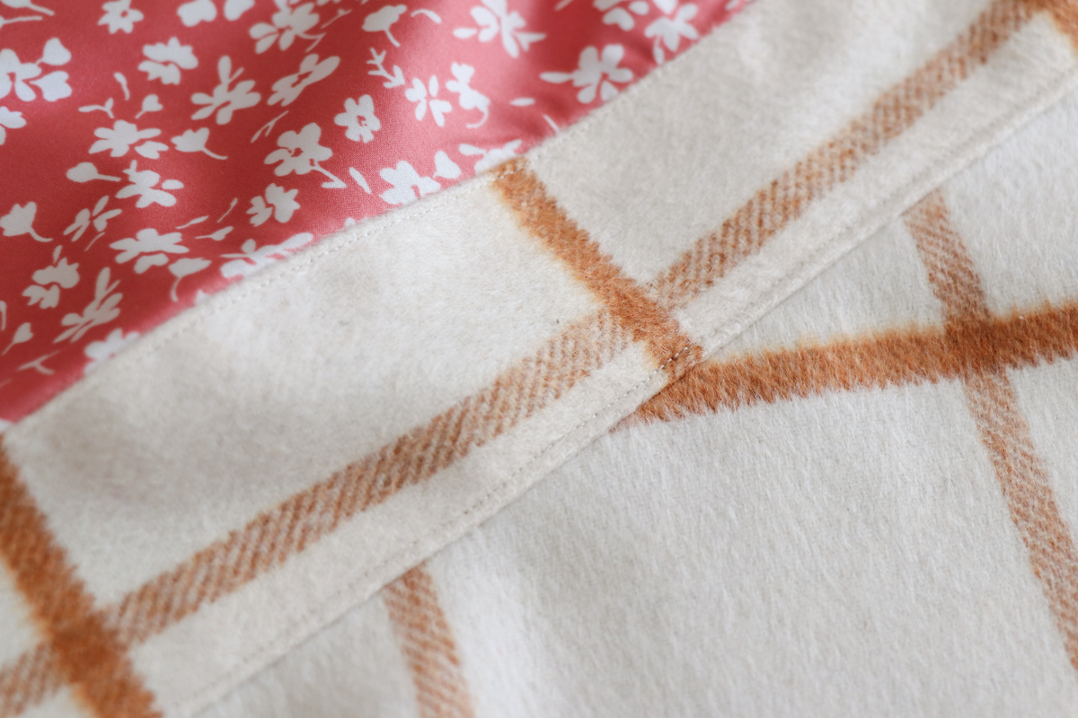 how to sew the lined pockets of views ACE on the Hovea sewing pattern by Megan Nielsen Patterns