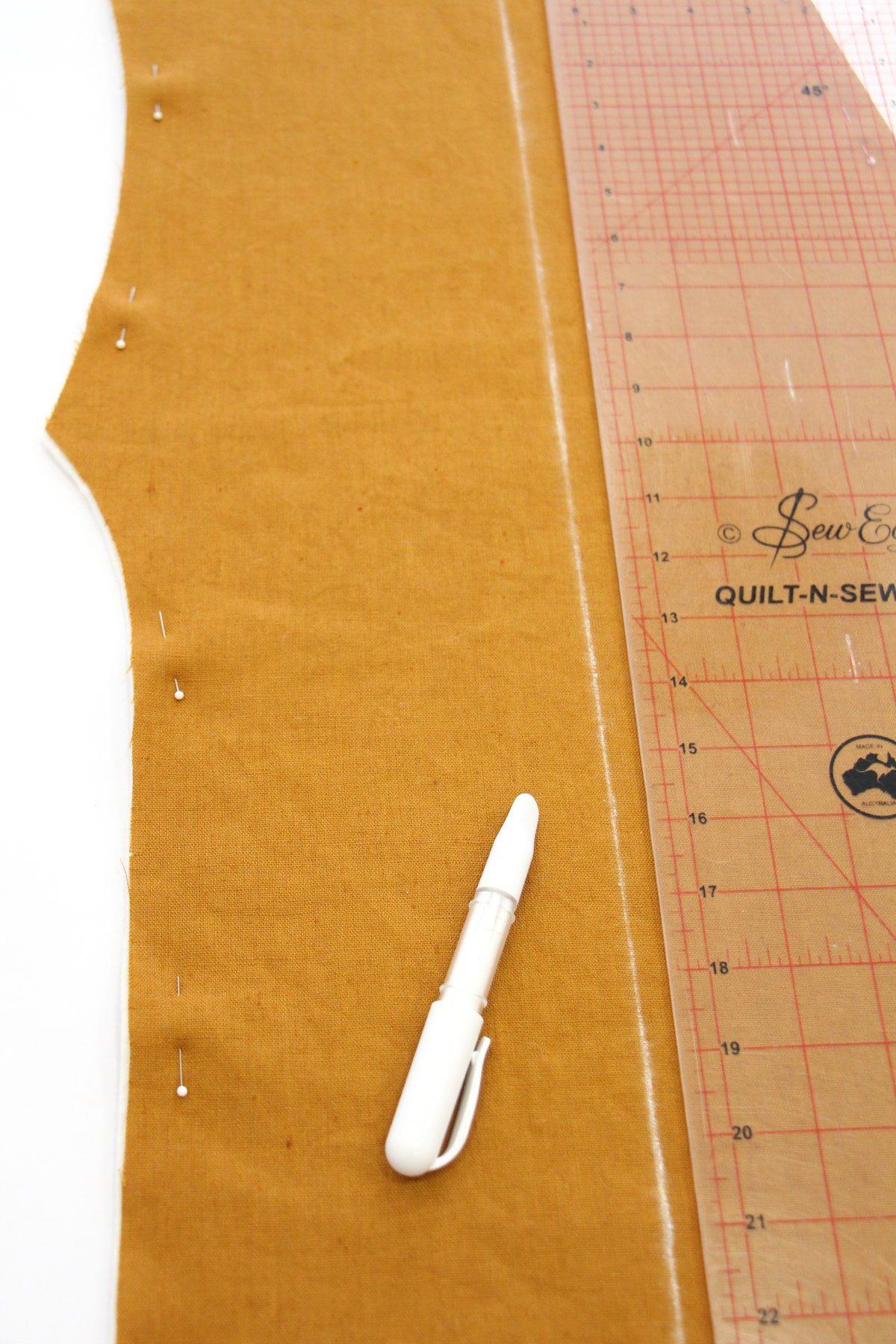 Megan Nielsen Patterns | Hovea Sewalong: Quilting Prep | Marking Your Grainline With Chalk