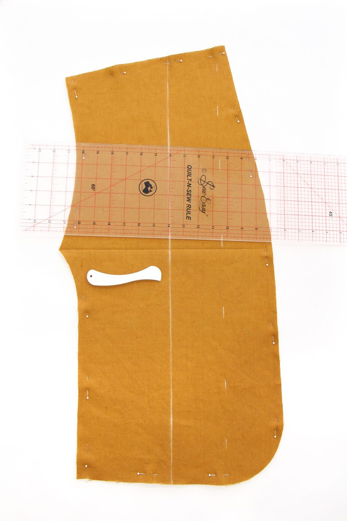 Megan Nielsen Patterns | Hovea Sewalong: Quilting Prep | Marking Your Armscye Line With A Creasing Tool
