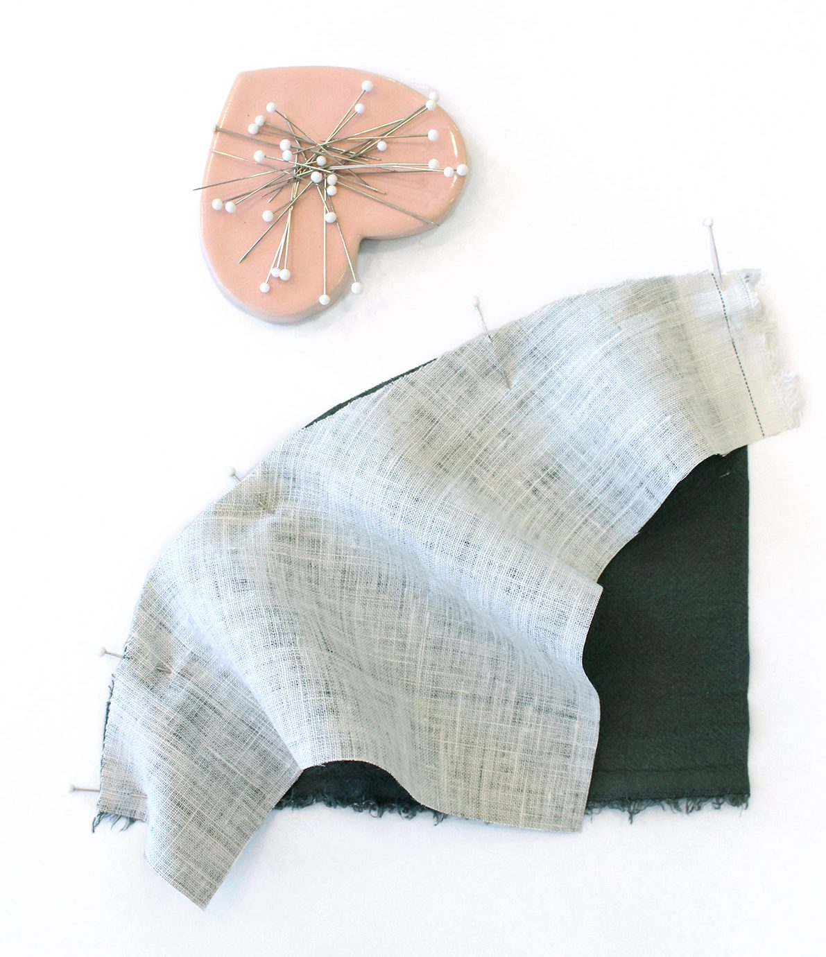 Megan Nielsen Patterns | Hovea Sewalong: Scrap Quilting | Curved Seams - Pin Your Curved Pieces Together